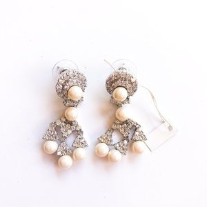 Never worn simulated pearl earrings